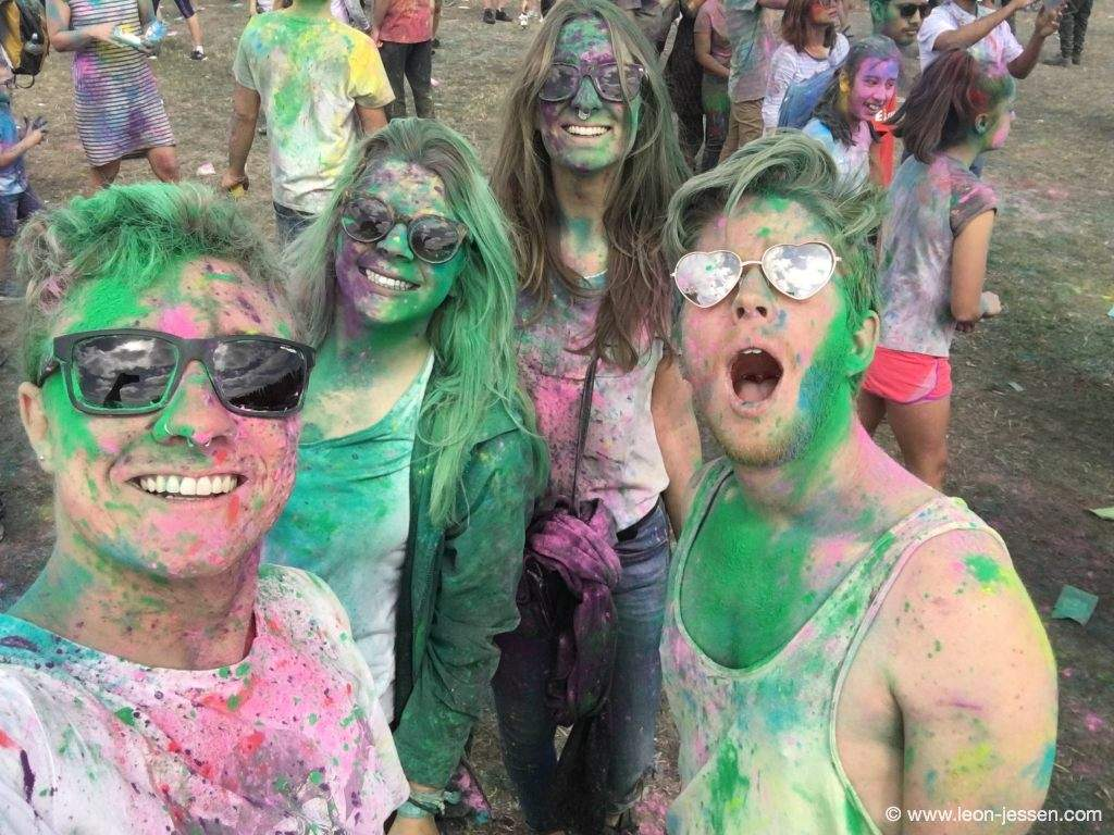Marie, Hannah, Niko and me at the Christchurch Holi Festival.